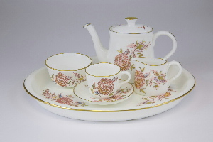Crown Derby Derbyshire Garden miniature tea set